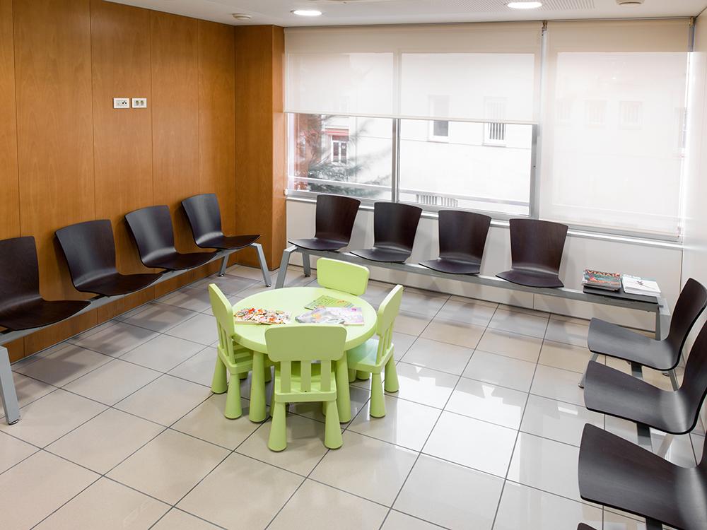 Paido Salut Infantil. Consulta pediàtrica ambulatoria.Sala Espera3